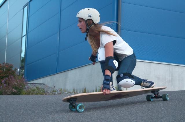surfskate hybrid_niina_edesta
